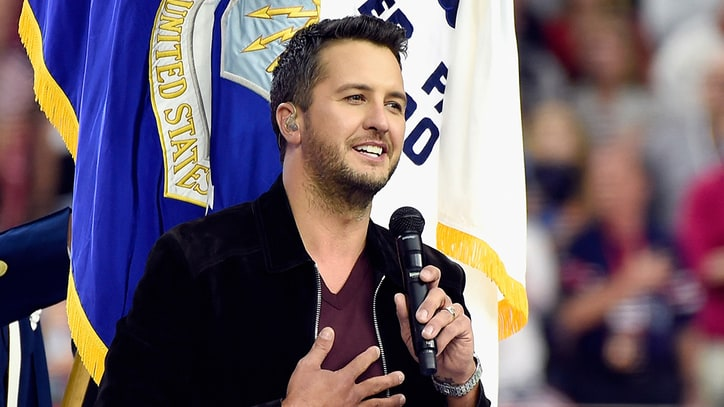 See Luke Bryan Sing Classy, Understated National Anthem at Super Bowl 51