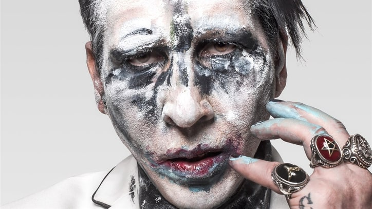 Review: Marilyn Manson Gets Back to His Shock-Rock Roots