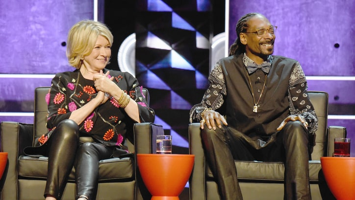 Snoop Dogg, Martha Stewart Team for Celebrity Dinner Party Show
