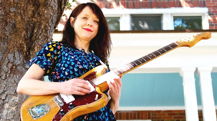 Helium's Mary Timony Talks Two Decades of Offbeat Indie-Rock Excellence