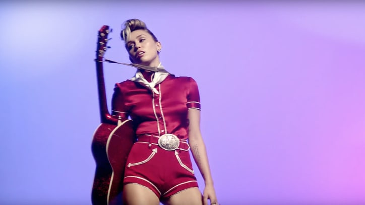 Miley Cyrus Unveils 'Younger Now' Video, New Album Details