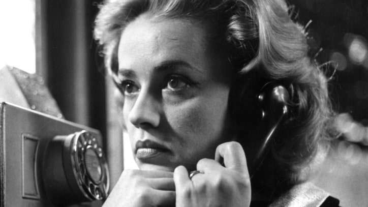 Jeanne Moreau, French New Wave Icon, Dead at 89
