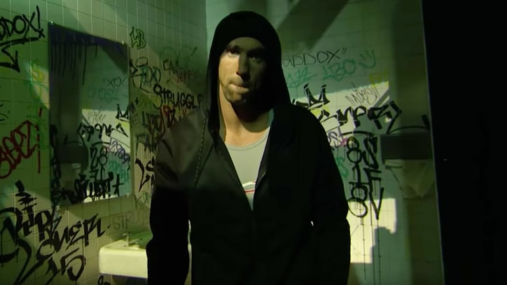 Watch Michael Phelps Spoof Eminem on 'Lip Sync Battle'