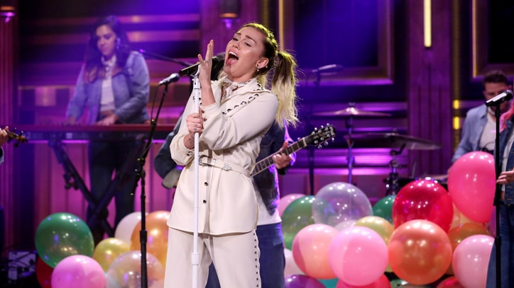 Watch Miley Cyrus Belt 'Malibu' on Balloon-Filled Stage on 'Fallon'