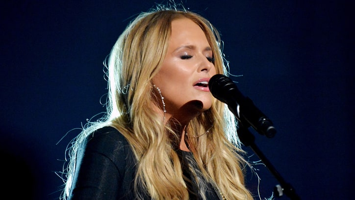 See Miranda Lambert's Emotional Solo Take on 'Tin Man' at ACM Awards