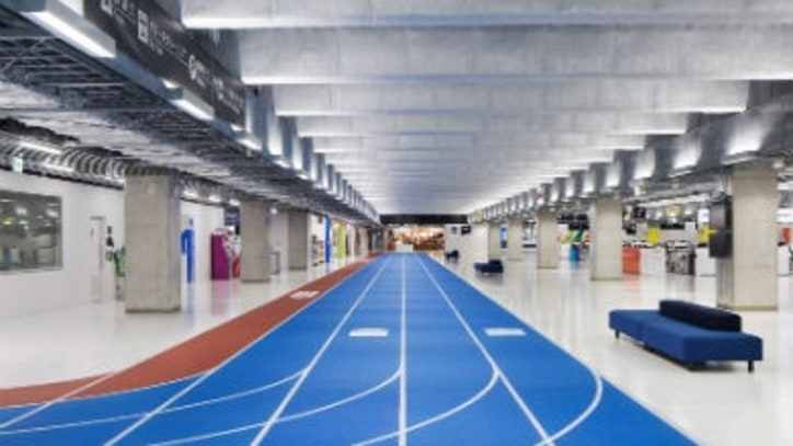 Japanese Airport Uses Running Track Lanes to Guide Travelers