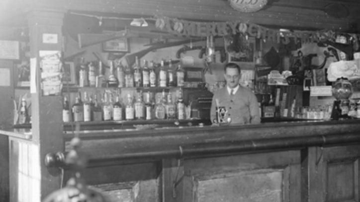Best Bars That Are Older Than America
