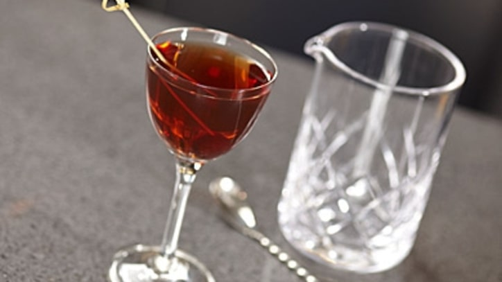 Six Holiday Cocktails That'll Impress Your Guests