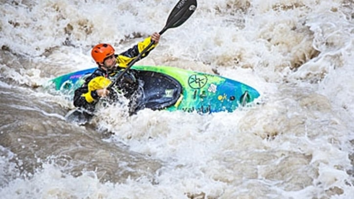 Blind Adventurer Erik Weihenmayer Kayaks the Rapids of the Grand Canyon
