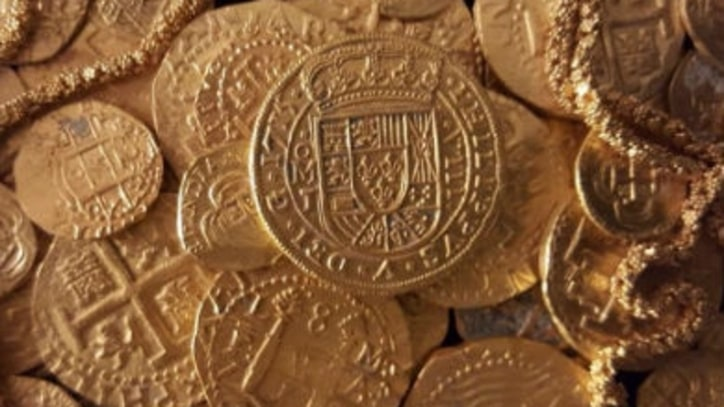 Family Uncovers $1 Million of Sunken Treasure Near Florida