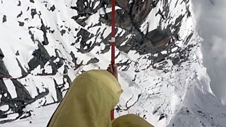 Crossing the Alps on a Slackline