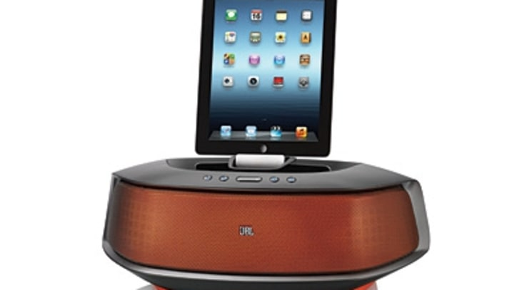 A Speaker Dock That Goes Boom