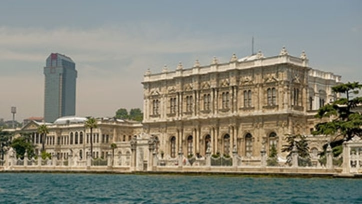 Istanbul's Cursed Palace