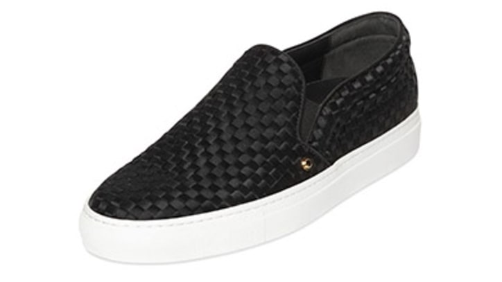 Laceless Shoes to Buy Now