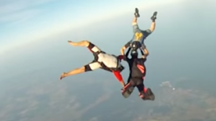 Watch a GoPro Fall 10,000 Feet Without Its Owner