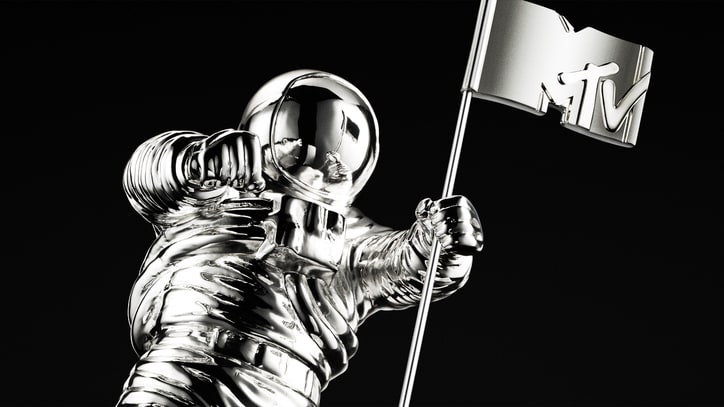 MTV Changing VMA Moonman to Gender-Neutral Award
