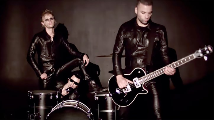 See Muse Conjure the Cramps for 'New Kind of Kick' Cover