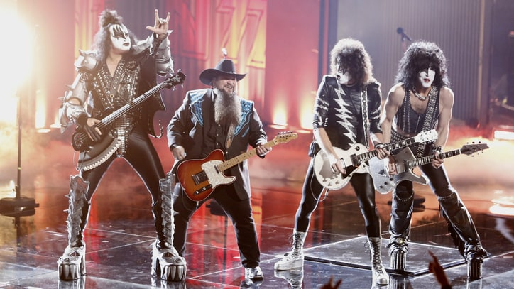 Watch Kiss Perform Medley With 'Voice' Winner Sundance Head
