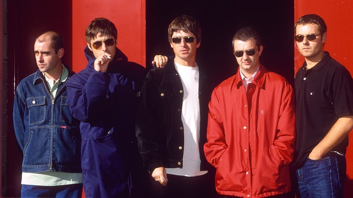 See Oasis' Raw, Vintage Rehearsal of 'All Around the World'
