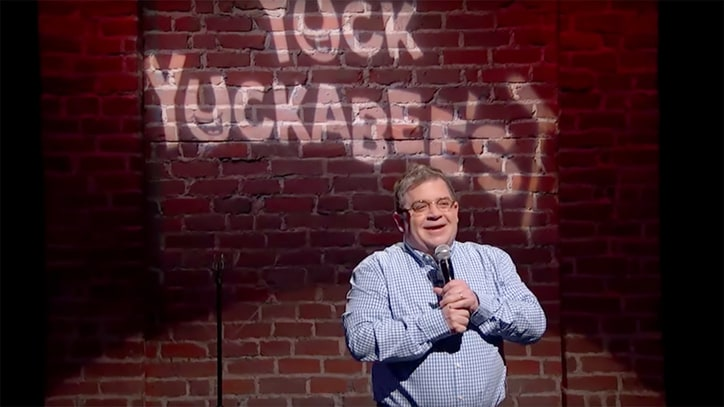 See Patton Oswalt Deliver Stand-Up Routine of Mike Huckabee's Bad Jokes