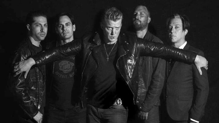 Review: Queens of the Stone Age Get Glammy, Groove-Centric With Mark Ronson