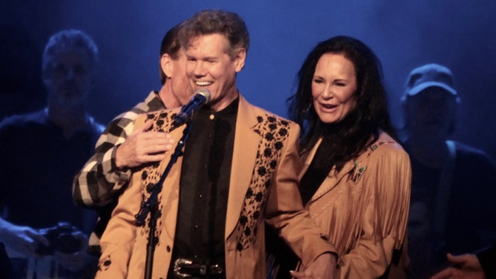 Watch Randy Travis Perform Emotional 'Amazing Grace' at Tribute Concert