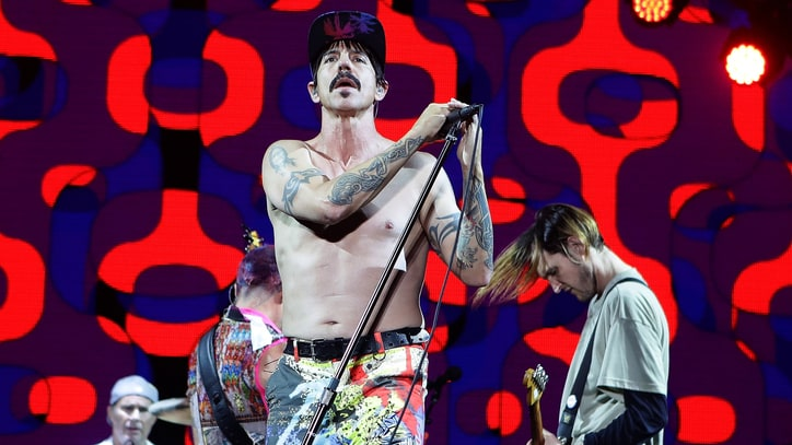 Red Hot Chili Peppers Map Out 2017 North American Tour
