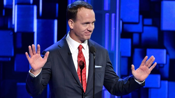 Watch Peyton Manning Joke About Tom Brady at Rob Lowe Roast