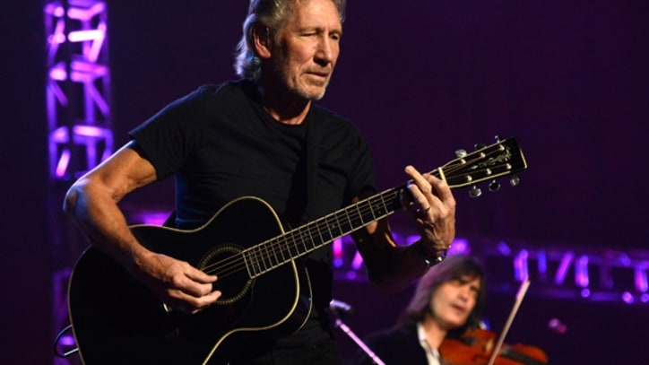 Roger Waters Calls for Boycott of Israel