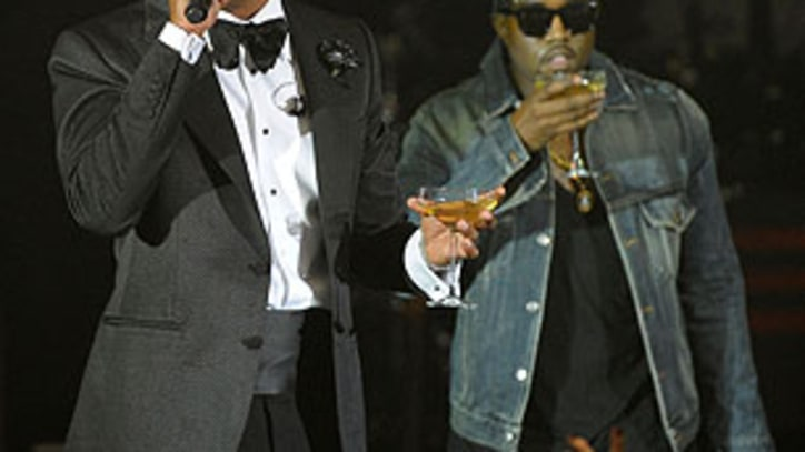 Kanye West Tweets Artwork for 'Watch the Throne' Single
