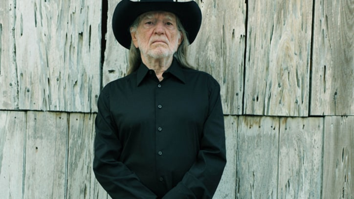 Willie Nelson, 'Let's Face the Music and Dance' - Song Premiere