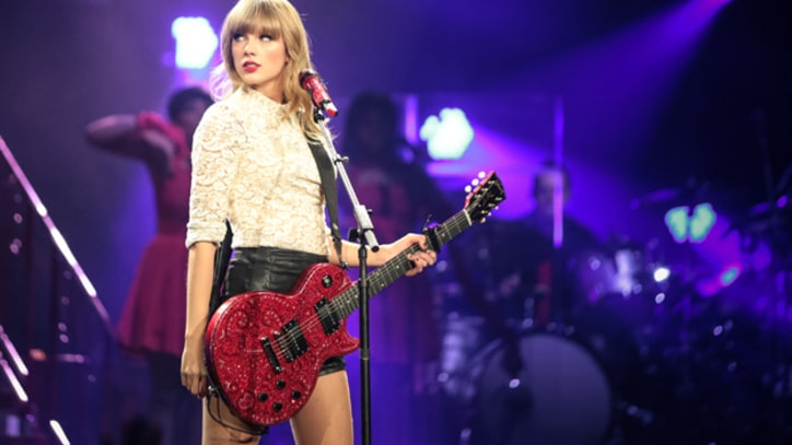Taylor Swift Books Role on 'New Girl' Season Finale