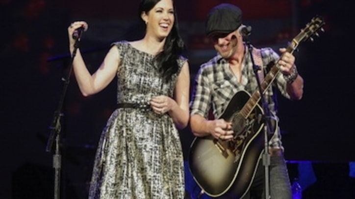 Thompson Square Talks Sophomore Set Expectations, Maintaining Marriage In Crazy Busy Times