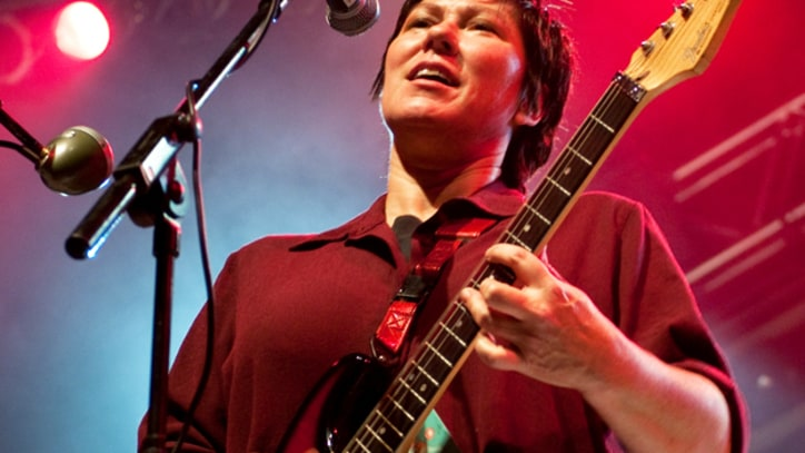 Kim Deal and the Breeders Splash Back to the Nineties