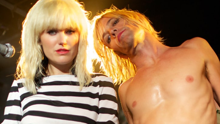 See Foo Fighter Taylor Hawkins as Iggy Pop in 'CBGB' Movie