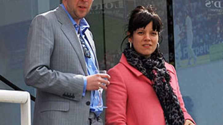 Lily Allen's New Rings Spark Marriage Speculation