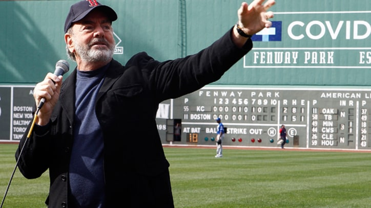 Neil Diamond Donating 'Sweet Caroline' Royalties to Boston Charity