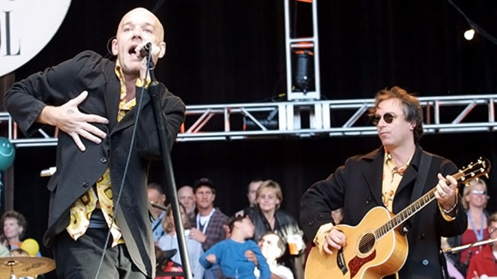 R.E.M., Pearl Jam, Alanis Rally For Hunger