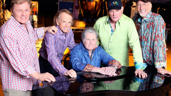 Beach Boys Sing 'California Girls' Live on Reunion Tour