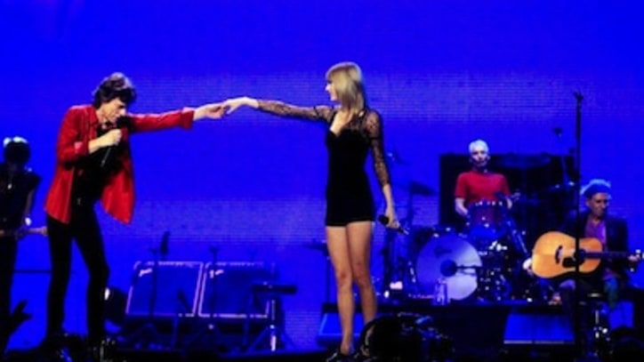 Taylor Swift Channels '60s Icon On Stage With the Stones