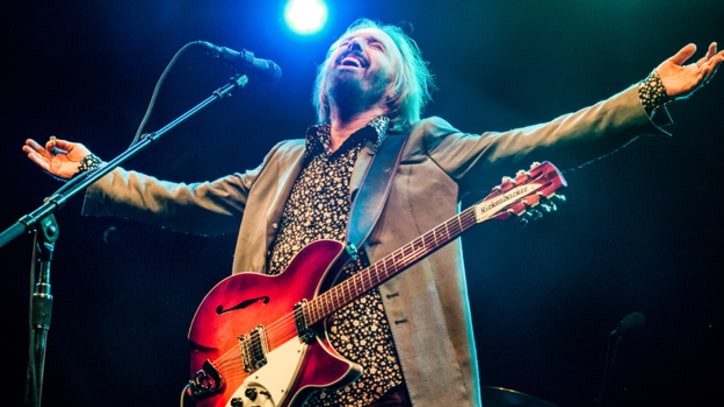 Tom Petty and the Heartbreakers Jam Out at Bonnaroo