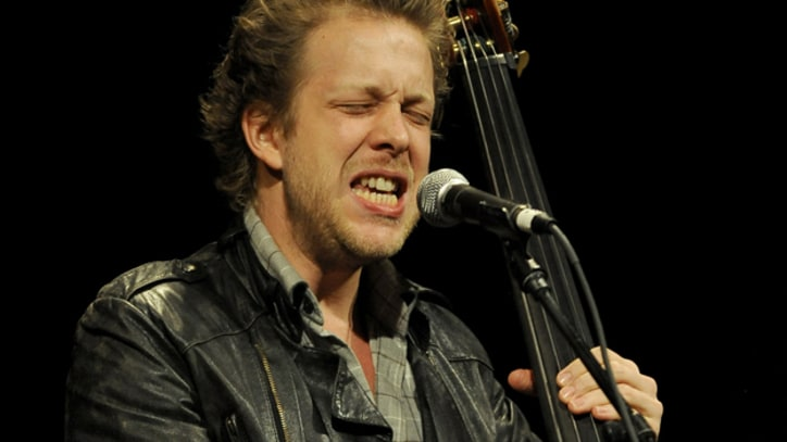 Mumford & Sons' Ted Dwane Shares Post-Surgery Picture