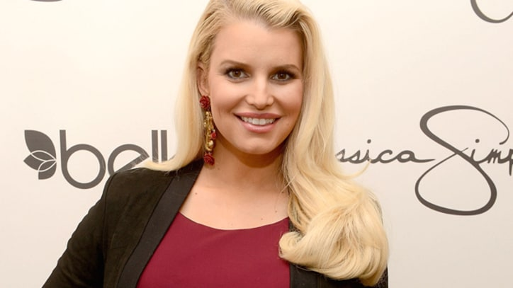 Jessica Simpson Gives Birth to Baby Boy