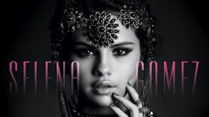 "Selena Gomez Gives ""It"" Up!"