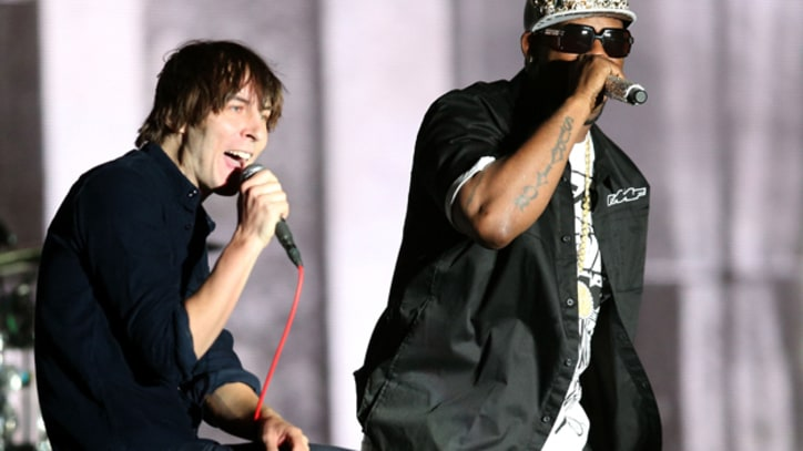 Phoenix Hint at Potential R. Kelly Collaboration