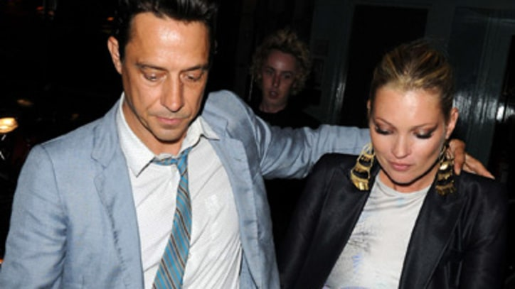 The Kills Guitarist Jamie Hince is Engaged to Kate Moss