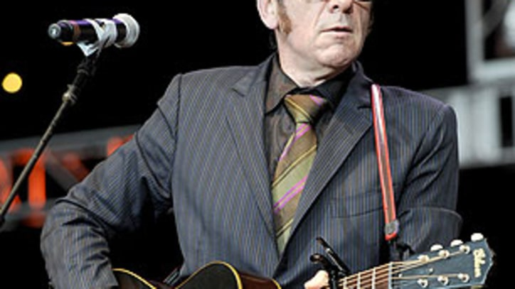 Elvis Costello To Restage Legendary 1986 Spinning Songbook Tour