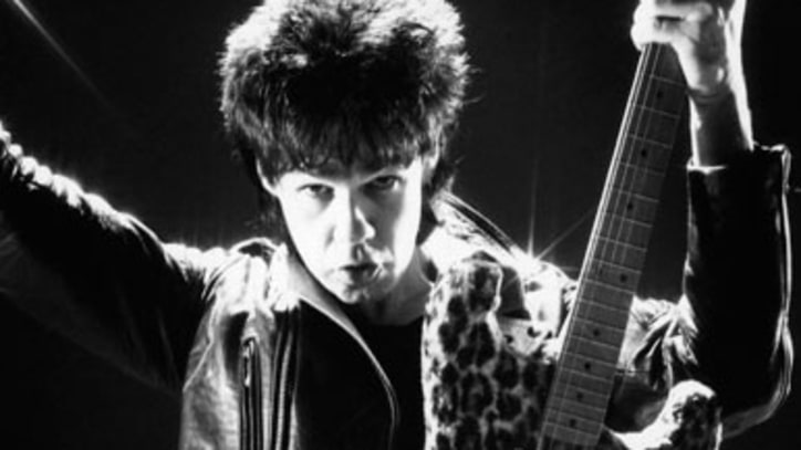 Thin Lizzy Guitarist Gary Moore Dead at 58
