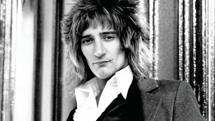 Rod Stewart Delivers Blistering 'Maggie May' Live – Song Premiere