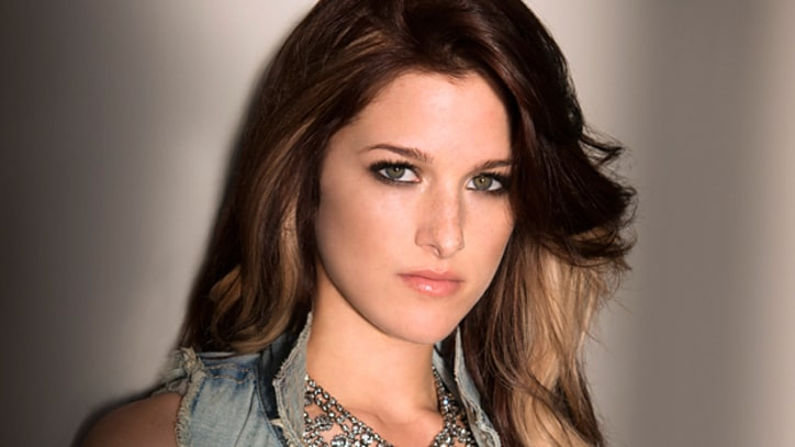 Cassadee Pope Gets Last Word on 'Proved You Wrong' – Song Premiere